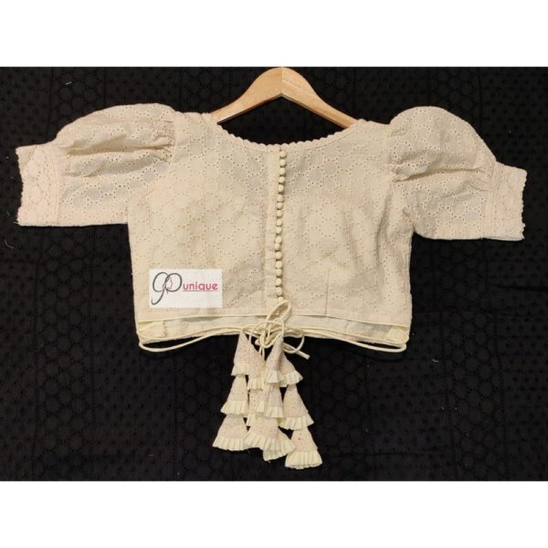 offwhite hakoba with crochet lace blouse1