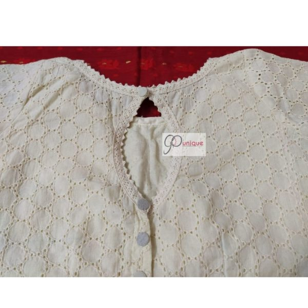 off white hakoba with thin croche lace4